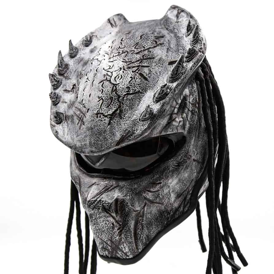 Only diehard fans of the predator franchise will love this